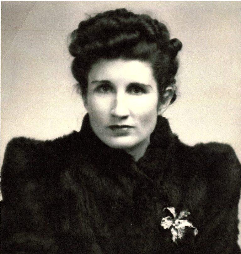 Young Grandma, Beatrice Rogers Papa